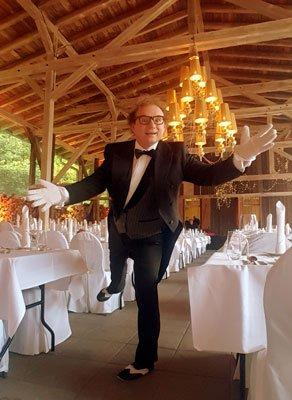 Butler - lustiger Kellner - Showkellner in Böblingen