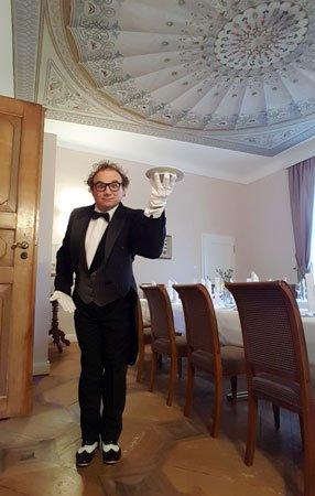 Comedykellner in Stuttgart