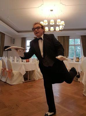Butler - lustiger Kellner, Showkellner in Baden-Baden